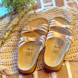 NWOT rose gold metallic Birkenstock Birkies sz 38